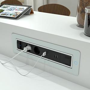 ASA INTERNATIONAL - VersaTurn 3.0 med 2 stikk og 8 USB hurtiglader uttak - IP 44 - HVIT HØYGLANS